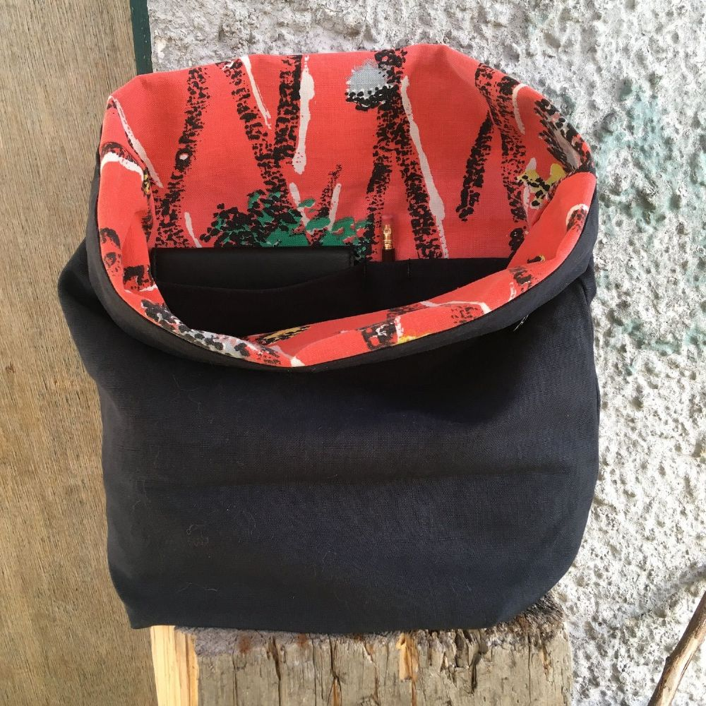 The Ochils Bag - All Vintage Red & Black